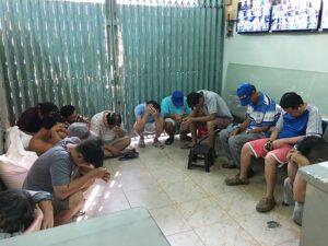 Triệt phá trường gà quận Phú Nhuận