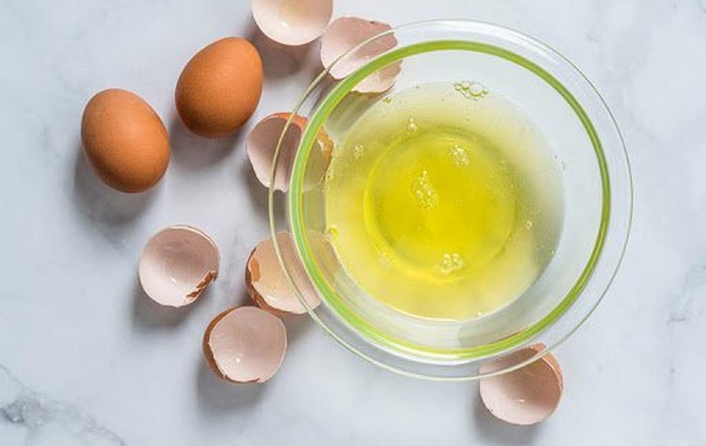 lòng trắng trứng gà có tác dụng gì